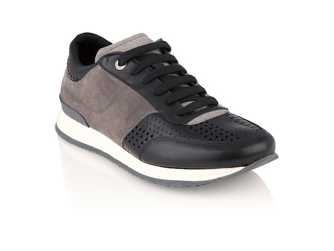 52723faa851ae Home News Lifestyle Running with Lord Burlington  le scarpe da running di  Ferragamo