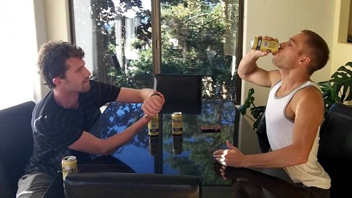 Nick Symmonds è sicuramente un agonista ma sa anche fare le ripetute con le lattine di birra