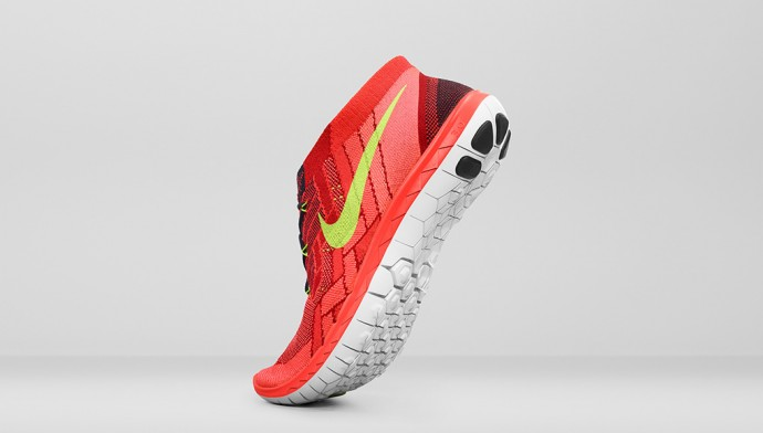 Nike_Running_SU15_STNDRD_718420_008_OUT.psd