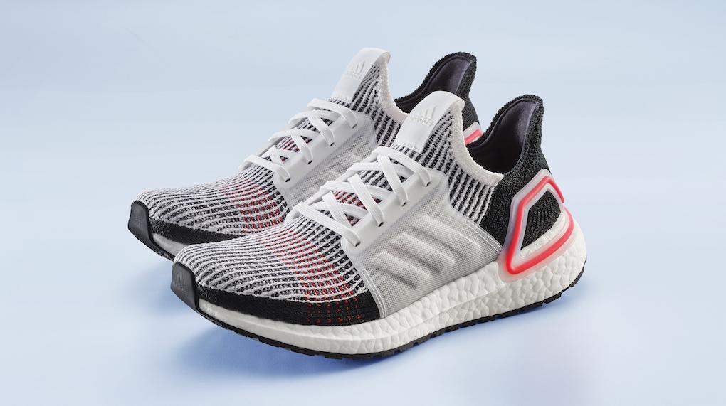 """Facciamo un salto di sei anni e arriviamo a oggi  adidas Running presenta  le Ultraboost 19. """"19"""" non sta ovviamente per """"diciannovesima versione"""" ma  per ... 775dc29ab01"""
